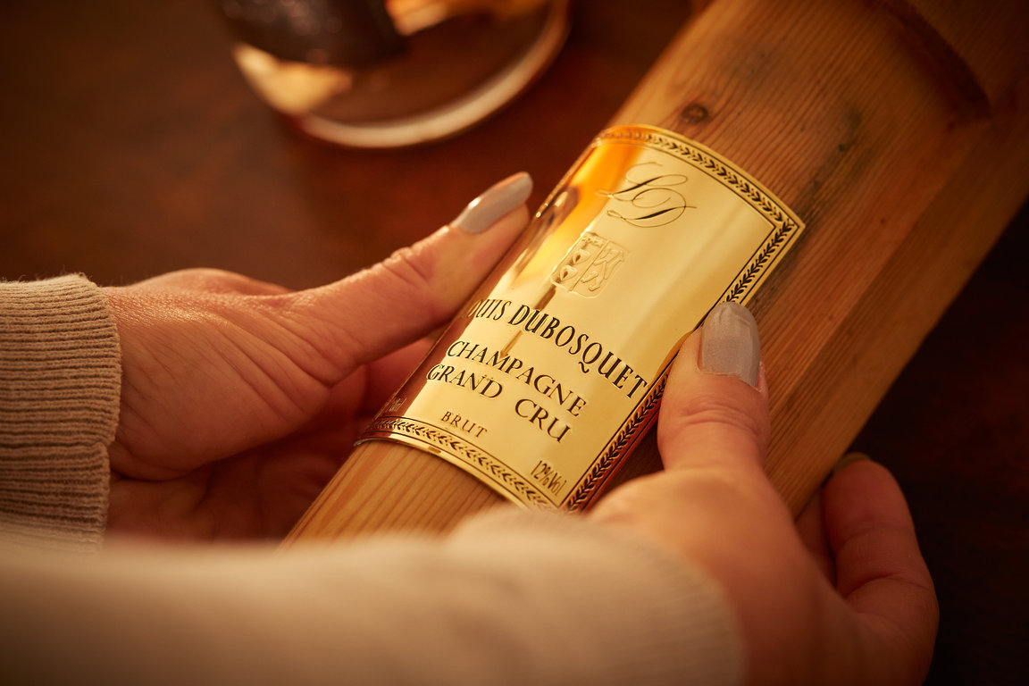 Louis Dubosquet Champagne Grand Cru gilded label